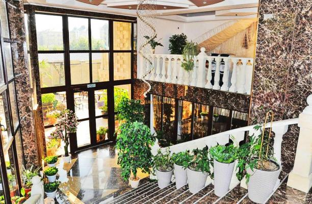 Отель в Витязево с собственным бассейном