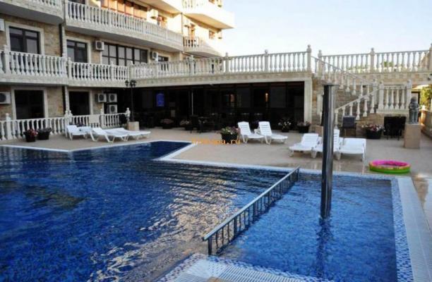 Марракеш отель в Витязево с бассейном